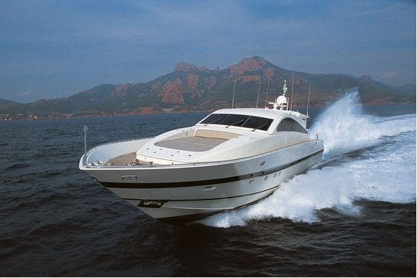 Motor Yacht �QUINCY C
